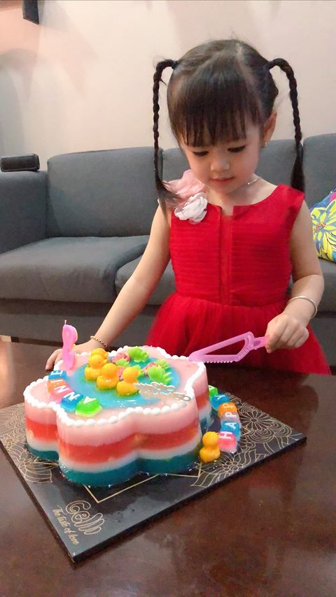 7 thứ bạn không nên làm khi mua bánh sinh nhật con gái yêu 6