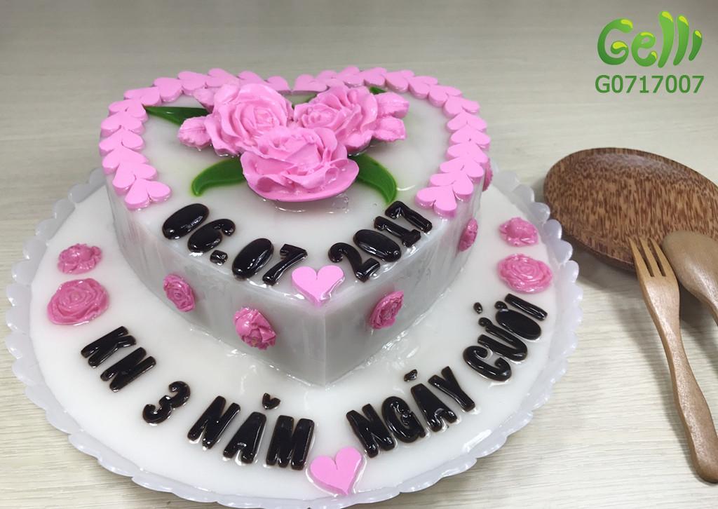 Bánh rau câu sinh nhật hình trái tim_1